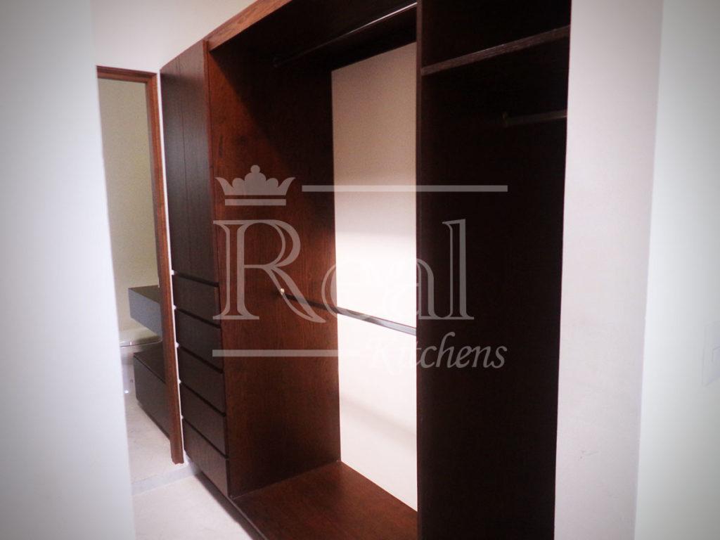 Real-Kitches-Nuestro-Trabajo-Closets-01