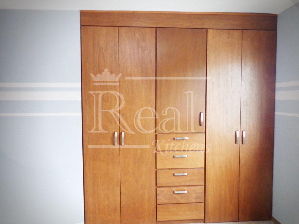 Real-Kitches-Nuestro-Trabajo-Closets-06