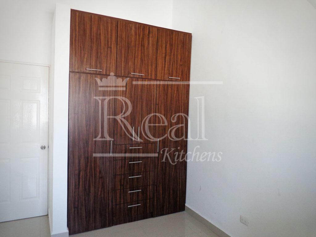 Real-Kitches-Nuestro-Trabajo-Closets-07