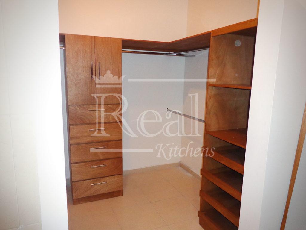 Real-Kitches-Nuestro-Trabajo-Closets-11