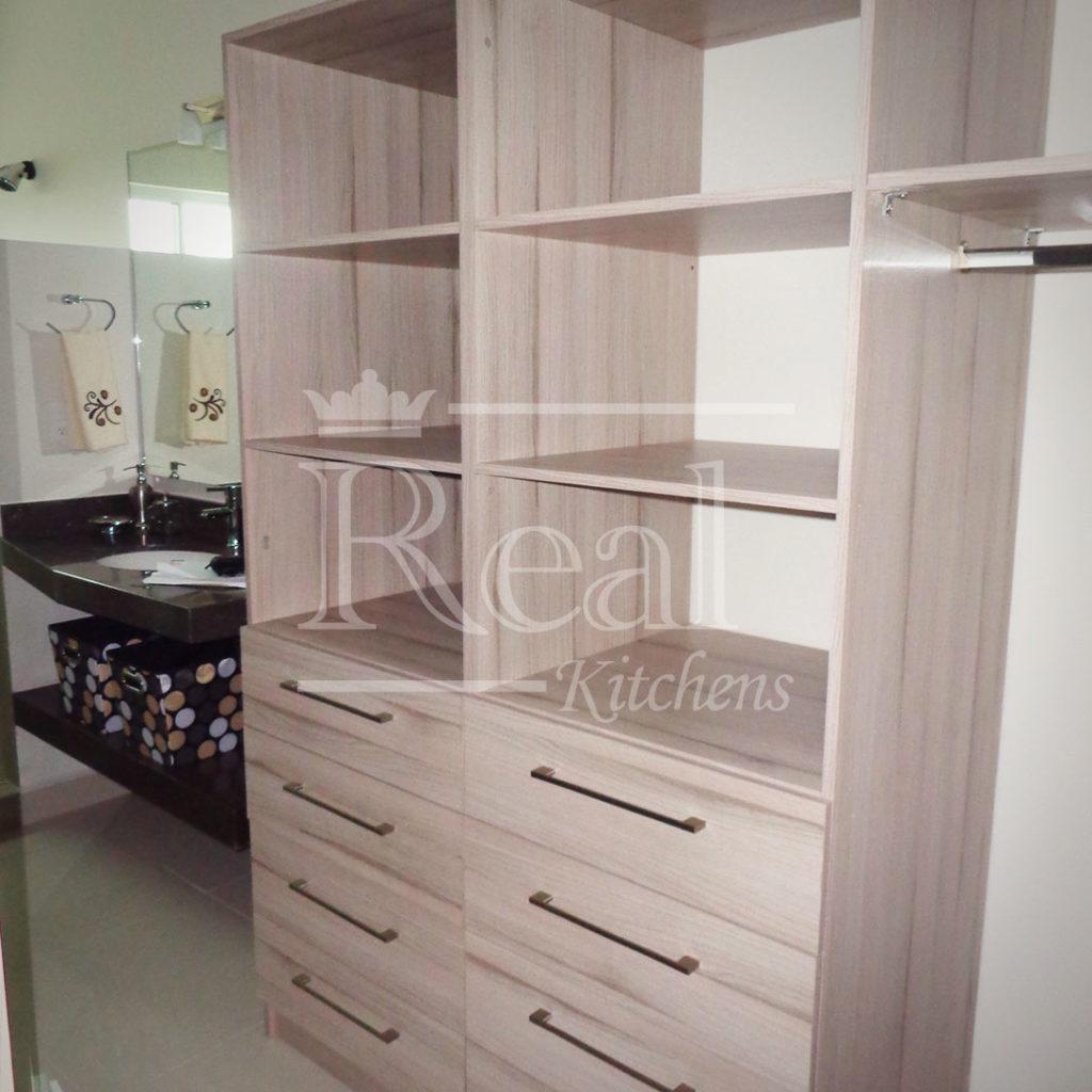 Real-Kitches-Nuestro-Trabajo-Closets-14