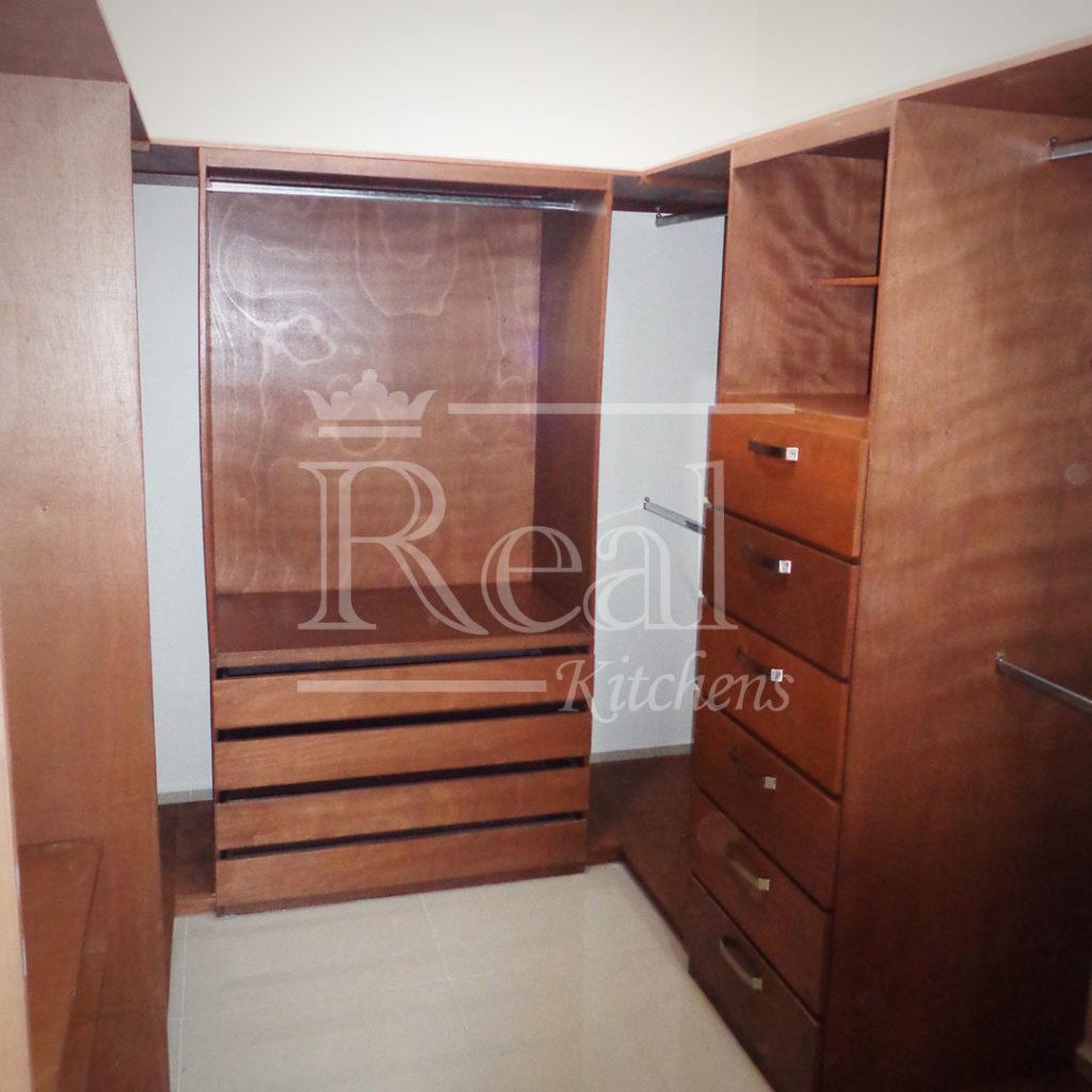 Real-Kitches-Nuestro-Trabajo-Closets-18