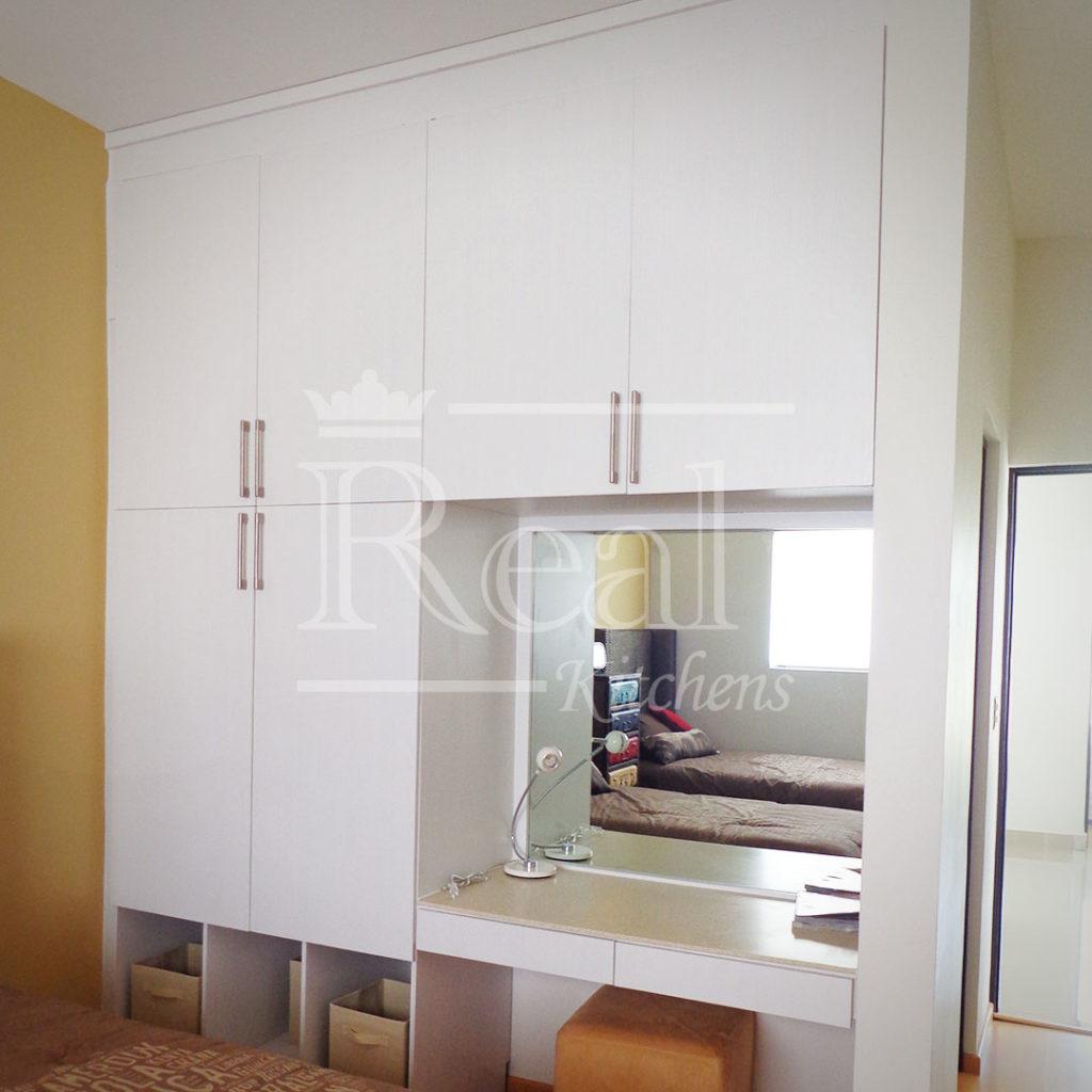 Real-Kitches-Nuestro-Trabajo-Closets-19