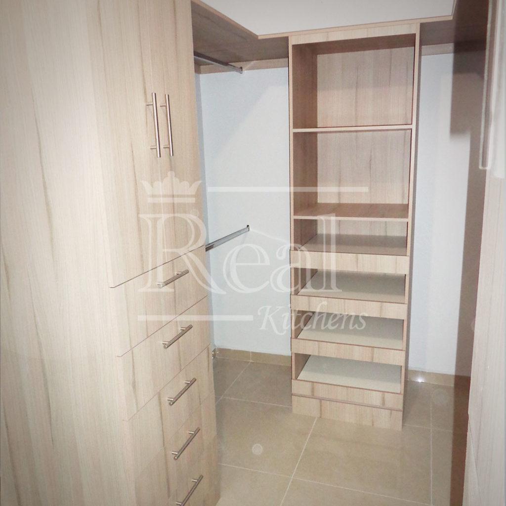 Real-Kitches-Nuestro-Trabajo-Closets-22